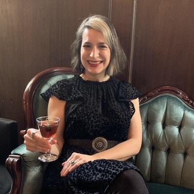 Amanda Schuster's expert profile photo